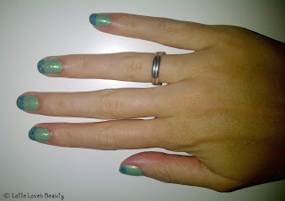 NOTD: Green Glitter French Tip