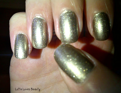 NOTD Essence Shiny Goldness