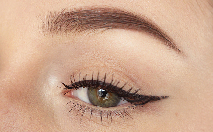 Liquid eyeliner battle: L'Oréal, eBay & Essence