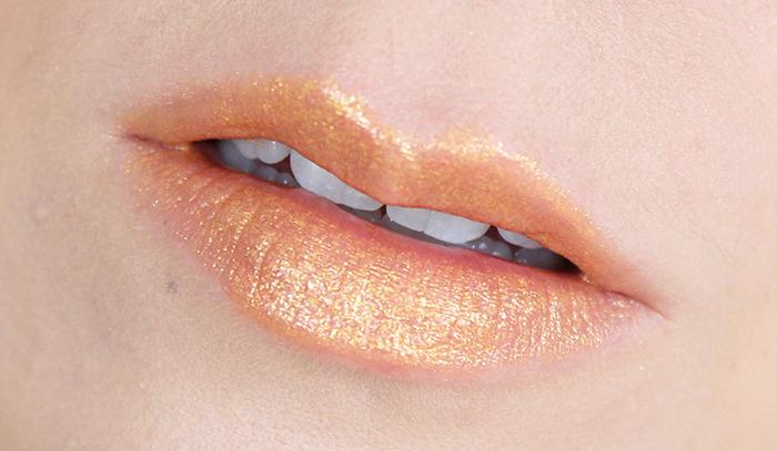 L'Oréal Paris Gold Obsession Color Riche Lipstick